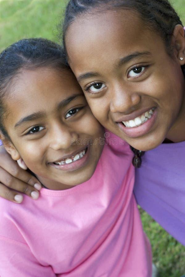 Crianças de sorriso fotografia de stock royalty free