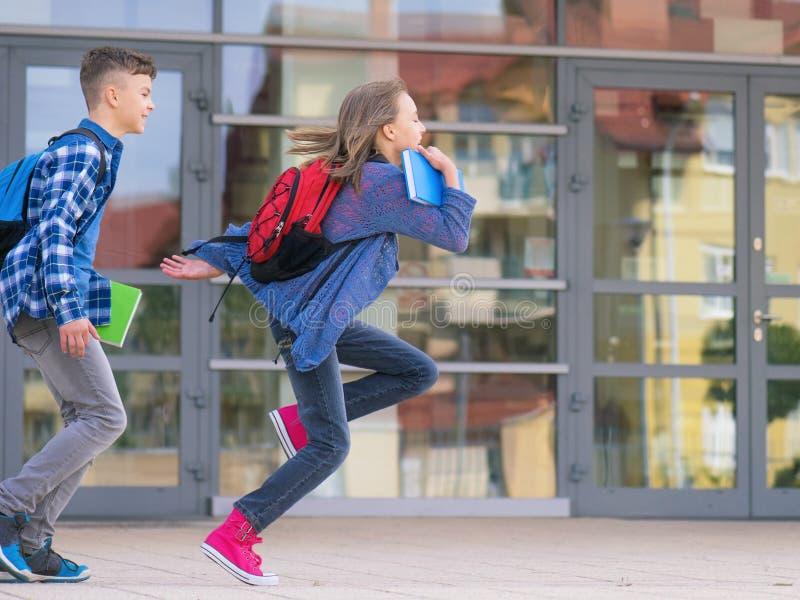 Crianças de volta à escola imagem de stock royalty free