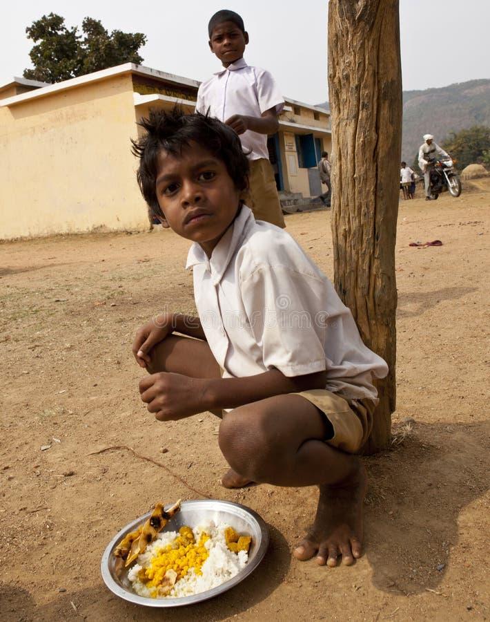 Crianças deficientes em india rural imagem de stock