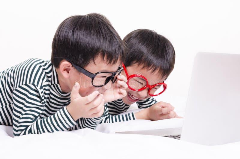 Crianças engraçadas fotografia de stock