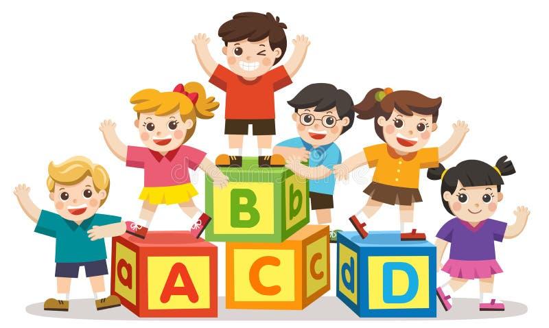Crianças felizes da escola com blocos do alfabeto ilustração royalty free