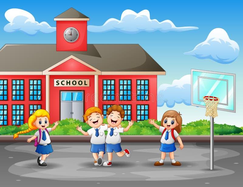 Crianças felizes no uniforme no campo de básquete ilustração stock