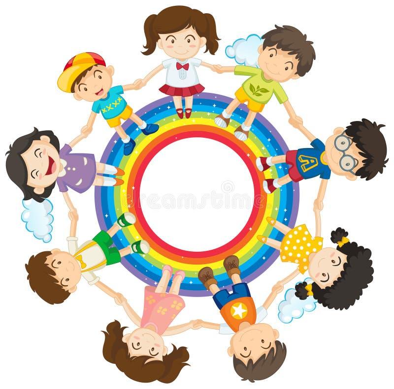 Crianças felizes que guardam as mãos em torno do círculo do arco-íris ilustração royalty free