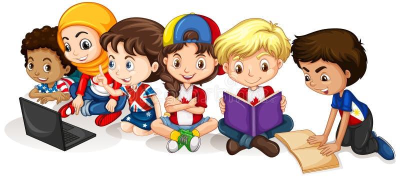 Crianças felizes que leem e que trabalham no computador ilustração stock