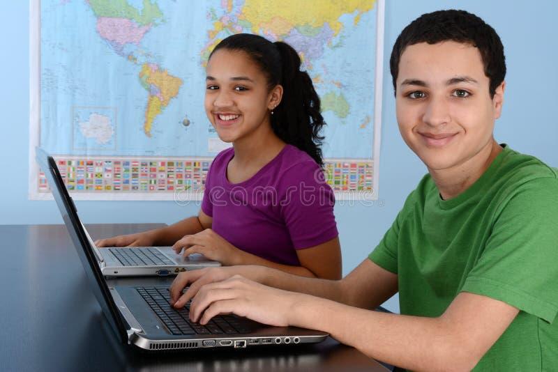 Crianças na escola imagens de stock royalty free