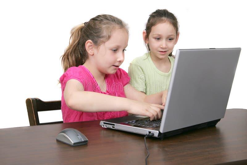 Crianças no computador imagens de stock