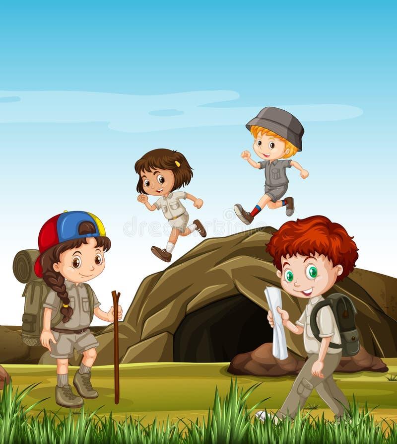 Crianças que acampam para fora pela caverna ilustração stock