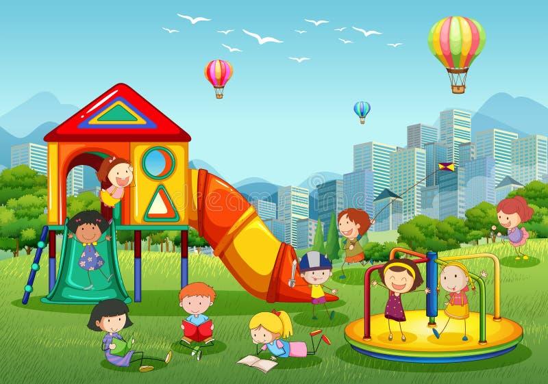 Crianças que jogam no campo de jogos no parque da cidade ilustração stock