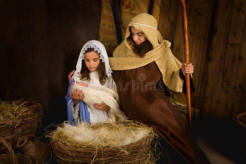Crianças que jogam o Natal foto de stock