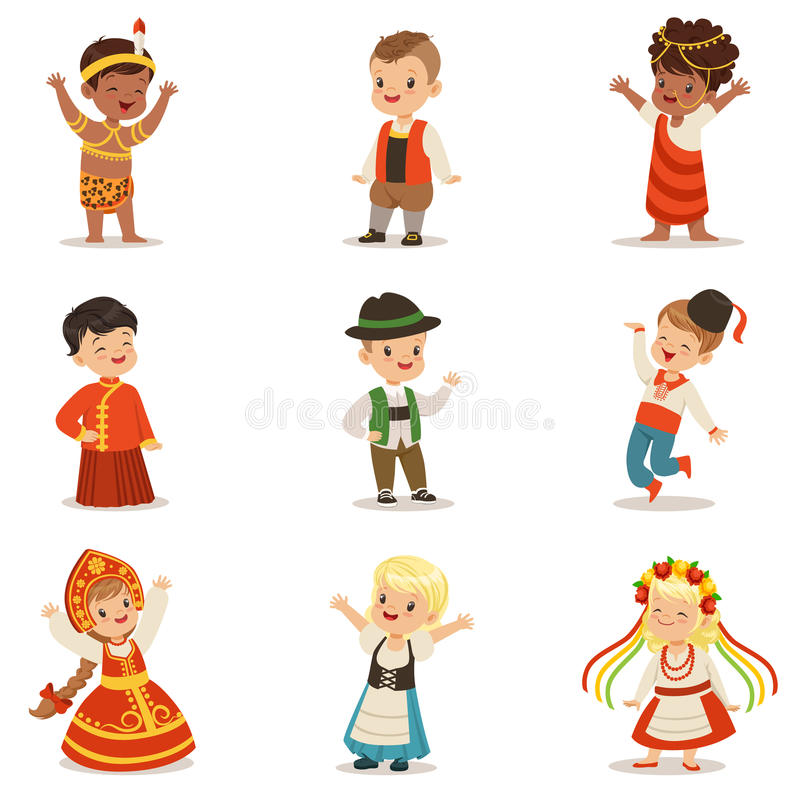 Crianças que vestem trajes nacionais dos países diferentes ajustados de meninos bonitos e de meninas na roupa que representa a na ilustração stock