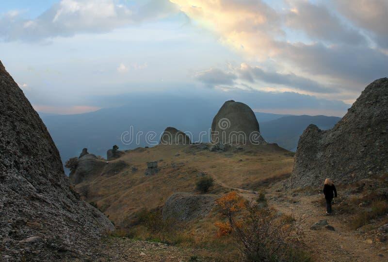 Crimea. Montaña Demerdzhi imagenes de archivo