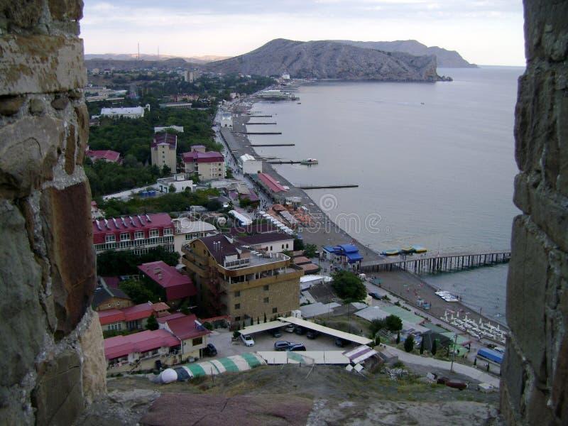 Crimeia, Sudak, vista superior da cidade fotos de stock royalty free