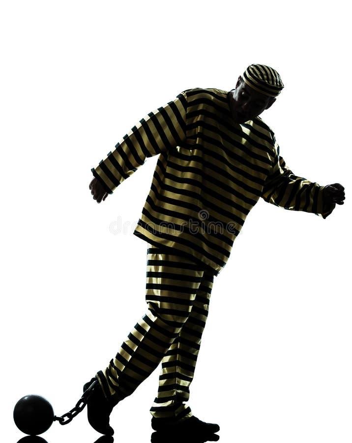 Criminal del preso del hombre con la bola de cadena foto de archivo libre de regalías