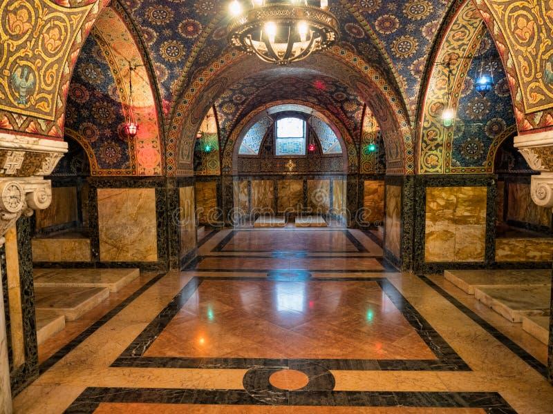 Cripta real fotos de archivo