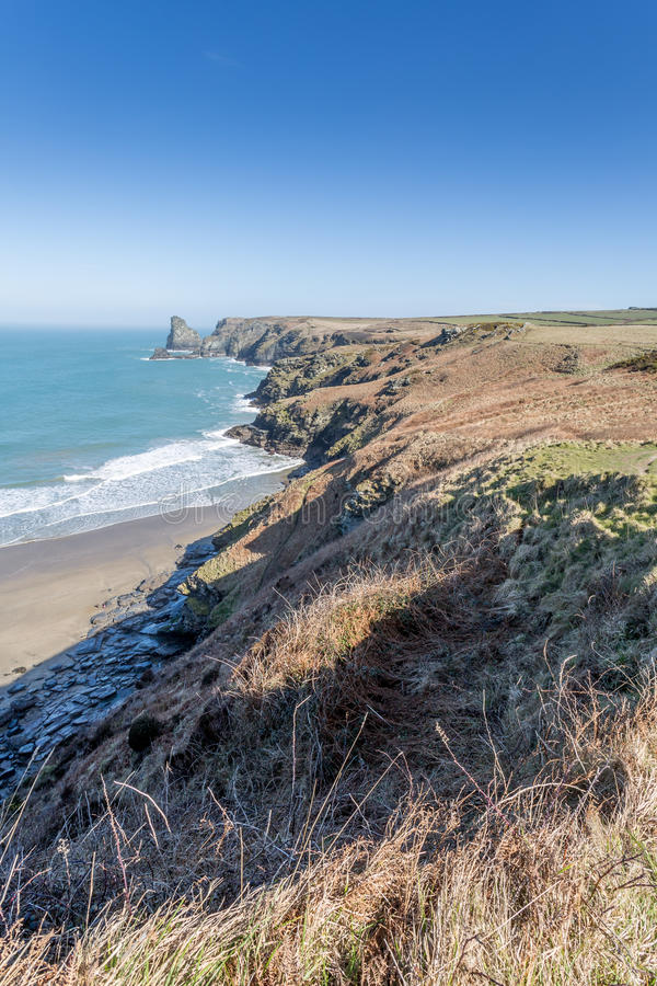 Crique de Benoath et asile de Bossiney photographie stock