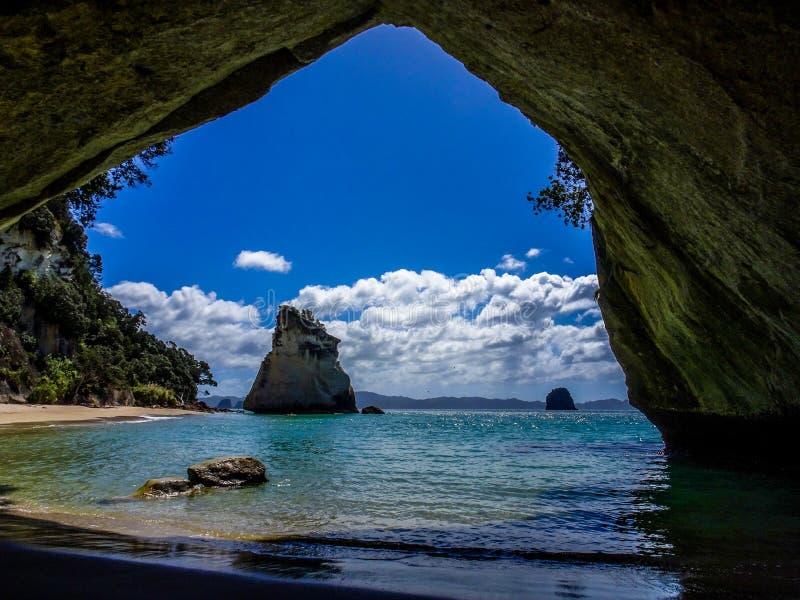 Crique de cathédrale en Nouvelle Zélande images libres de droits