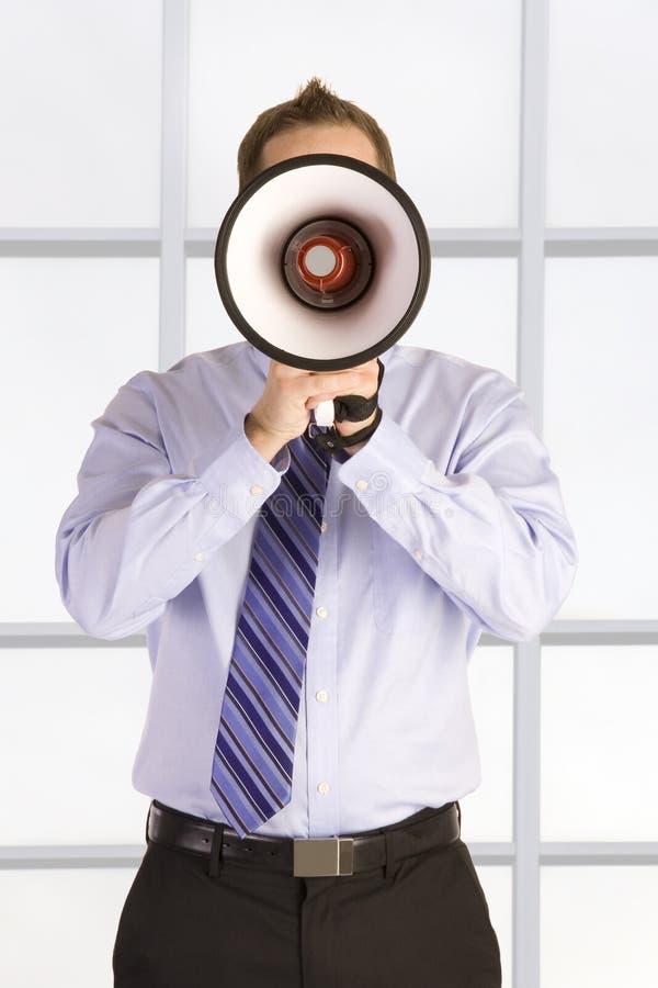 Cris d'homme d'affaires image stock