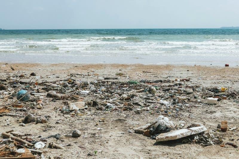 Crise de pollution d'océan image stock