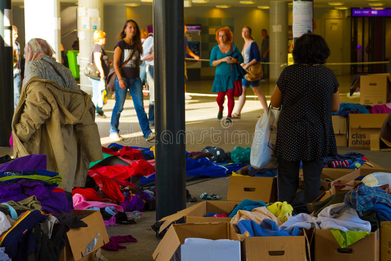 Crisis de los refugiados, en Budapest, Hungría el 15 de septiembre de 2015 fotos de archivo