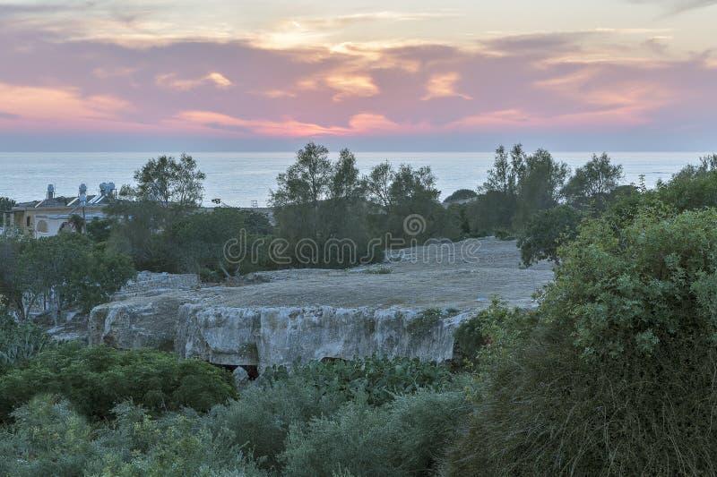Cristão ou Solomon Catacombs no monte de Fabrica em Paphos, Chipre fotografia de stock