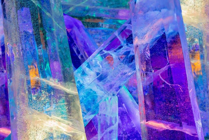Cristais de gelo coloridos gigante foto de stock