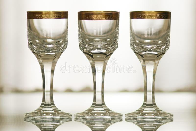 Cristal antigo com do ouro da decoração vida 1 ainda foto de stock royalty free