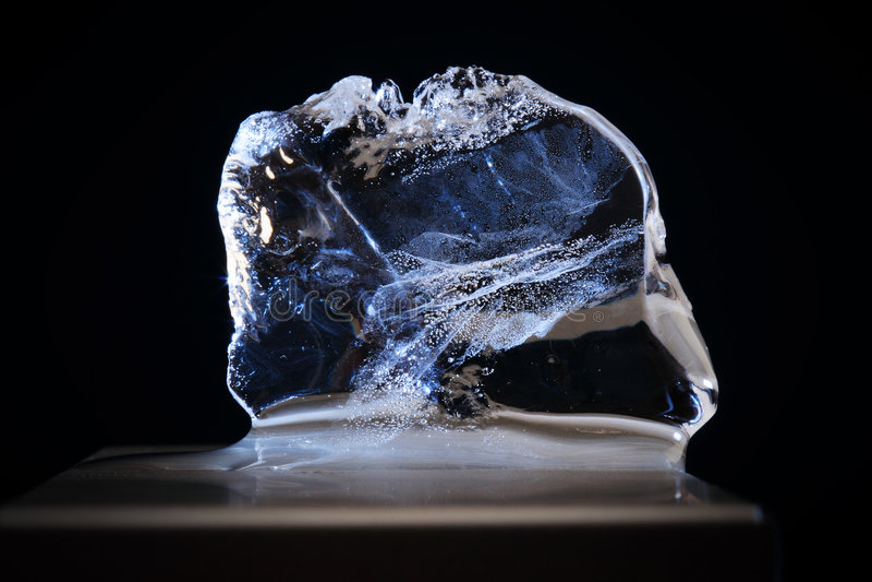 Cristal de gelo desobstruído imagens de stock