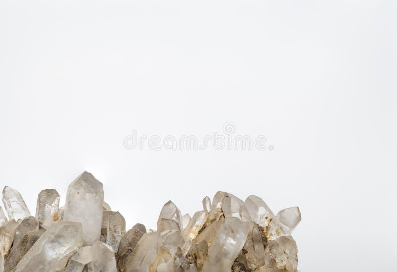 cristal de roche avec beaucoup de crêtes et blanc images stock