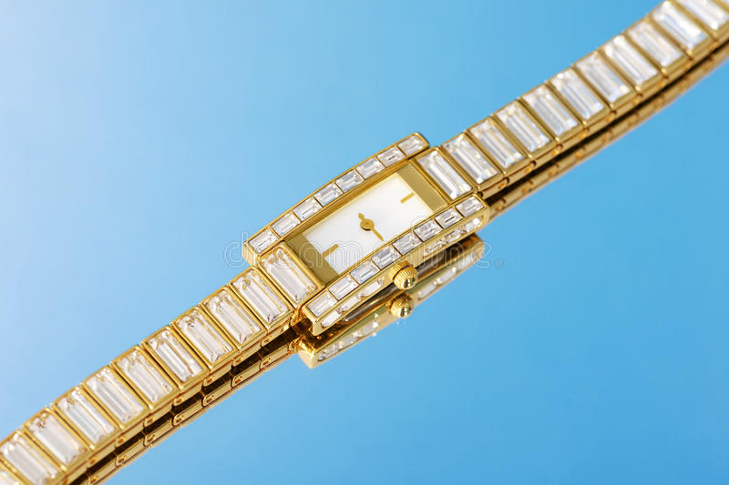 Cristal And Gold Watch Royalty Free Stock Photography