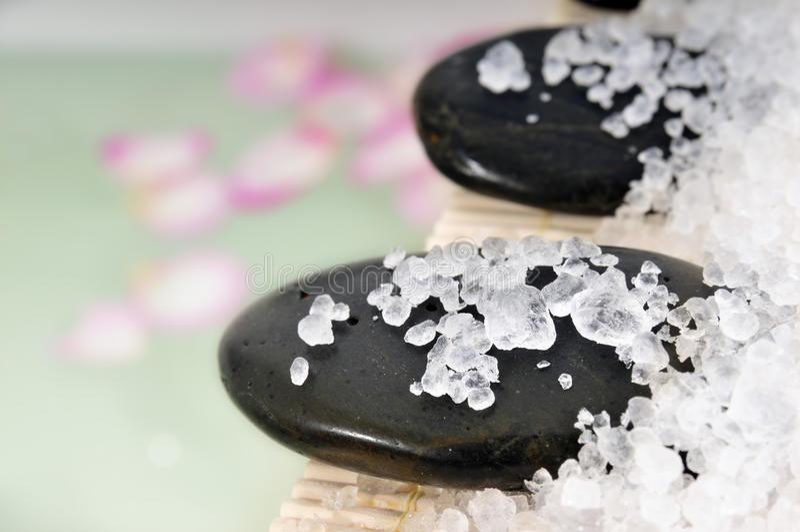 Cristales de la sal de baño fotos de archivo libres de regalías