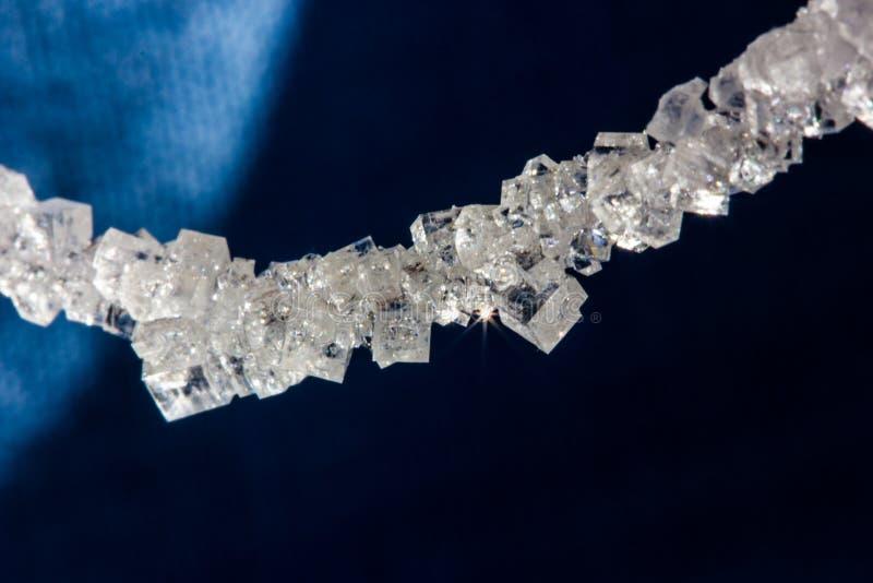 Cristales hermosos de la sal en una secuencia imagenes de archivo