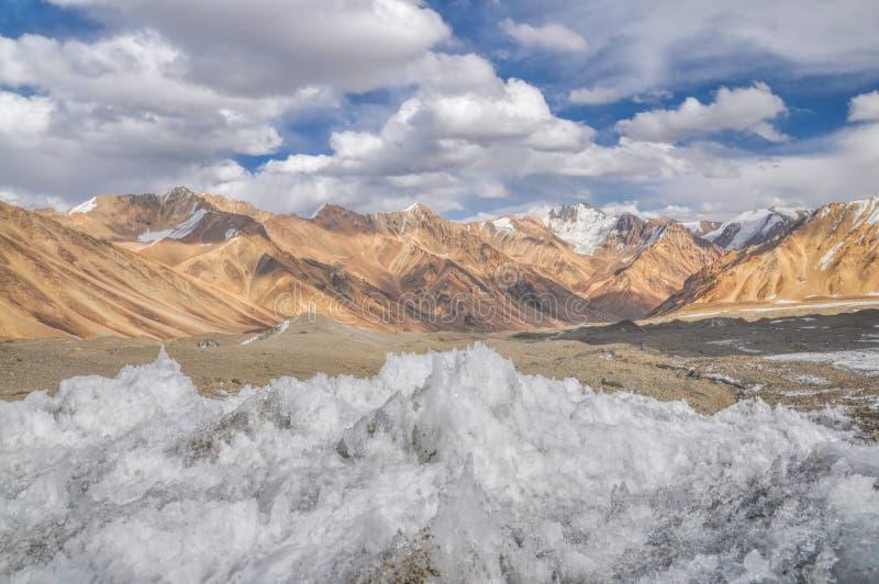 Cristalli di ghiaccio nel Tagikistan fotografia stock