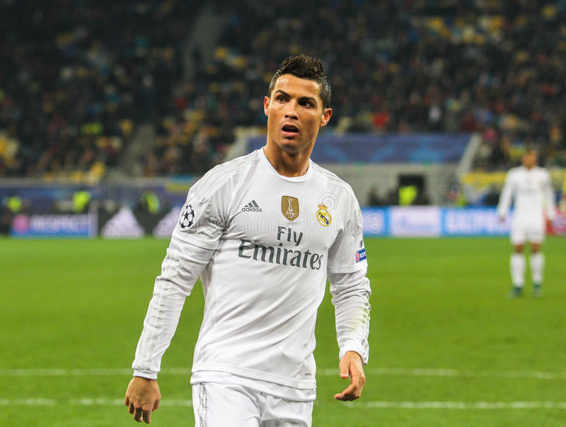 Cristiano Ronaldo pendant le match de ligue de champions photo stock