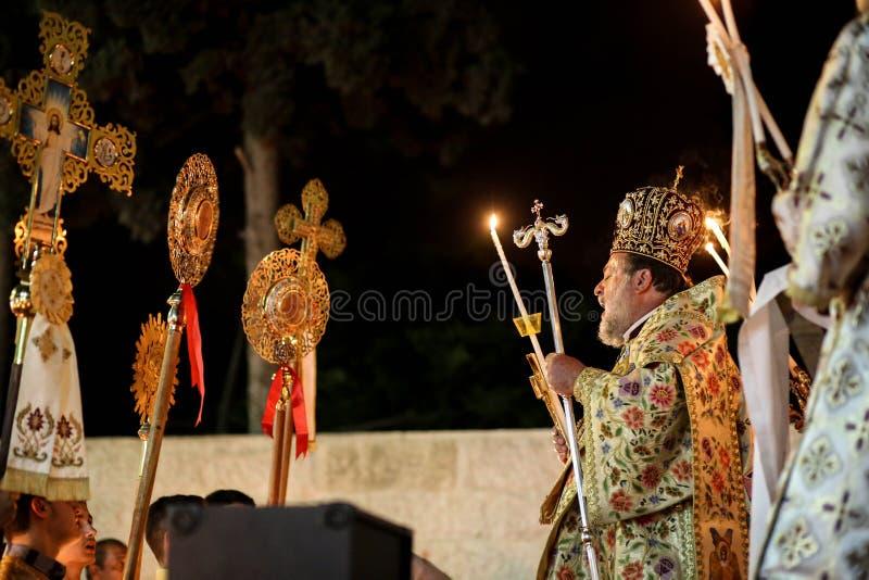 Cristianos palestinos en la iglesia del St Porphyrius en Gaza imagen de archivo