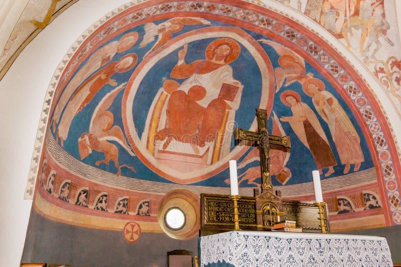 Cristo che si siede sul suo trono, circondato dagli evangelisti fotografia stock