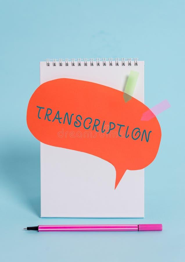 ?criture conceptuelle de main montrant la transcription Version écrite ou imprimée des textes de photo d'affaires de quelque chos photographie stock