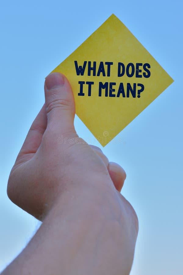 ?criture des textes d'?criture ce qui il signifie la question Signification de concept prévue pour communiquer le morceau peu cla photographie stock