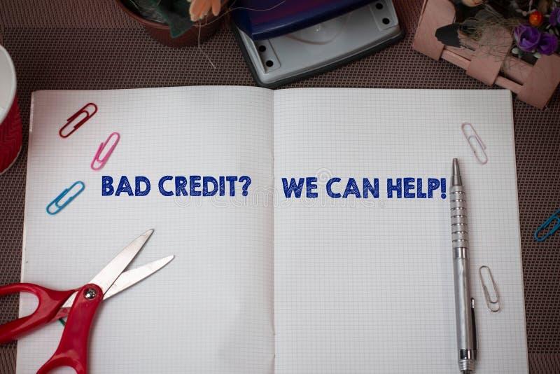 ?crivant ? apparence de note mauvais Creditquestion nous pouvons aider Offerr de présentation de photo d'affaires aider à gagner  images libres de droits