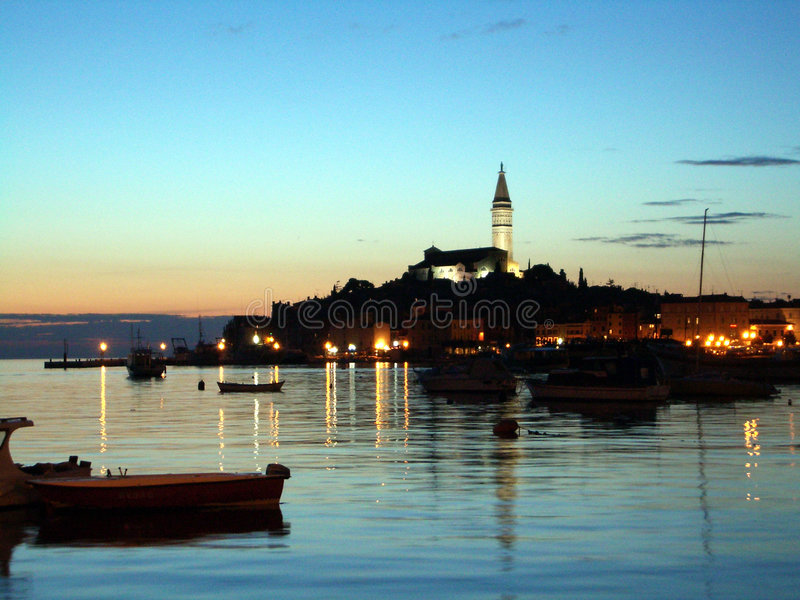 Download Croatia hamnrovinj arkivfoto. Bild av lampor, croatia, solnedgång - 227098
