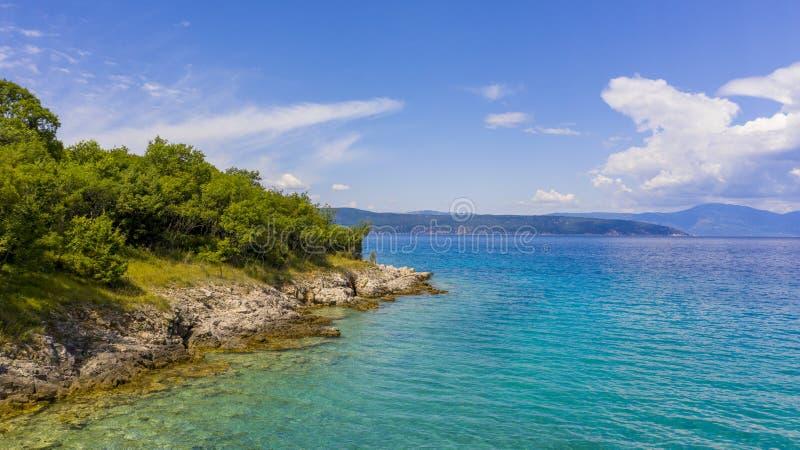 Croatielandschap, kust en overzees stock foto