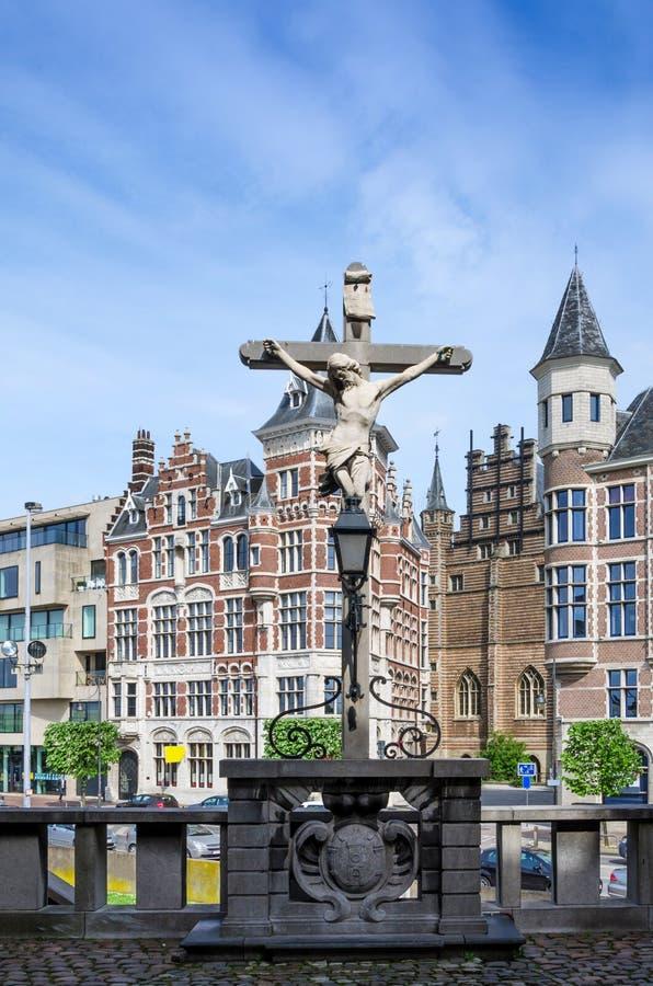 Croce situata nel Het Steen Castle a Anversa immagini stock libere da diritti