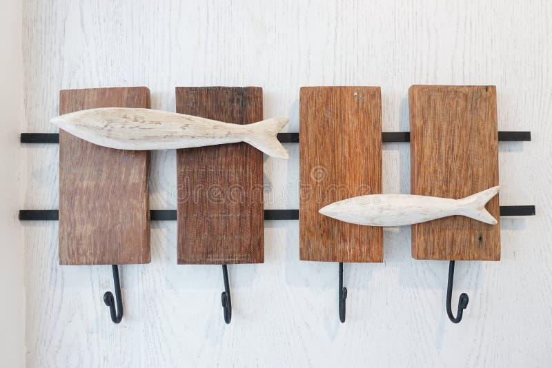 Crochet de cintre, cintre de mur ou crochet de mur sur le mur blanc image libre de droits