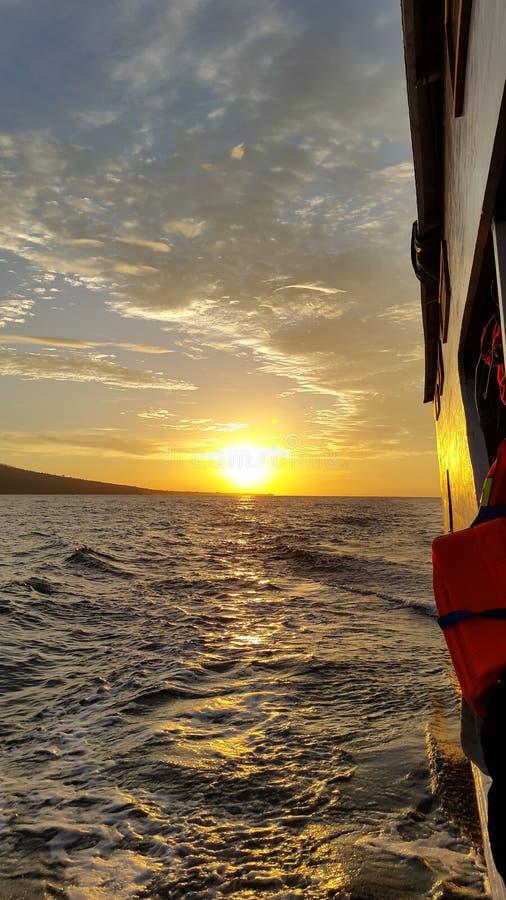 Crociera di tramonto immagini stock
