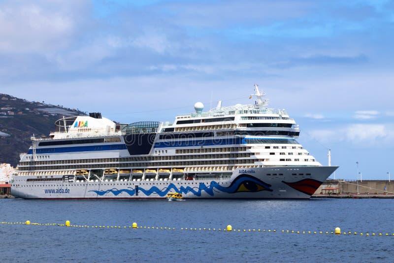 crociera rilassante lungo varie isole Canarie fotografie stock libere da diritti