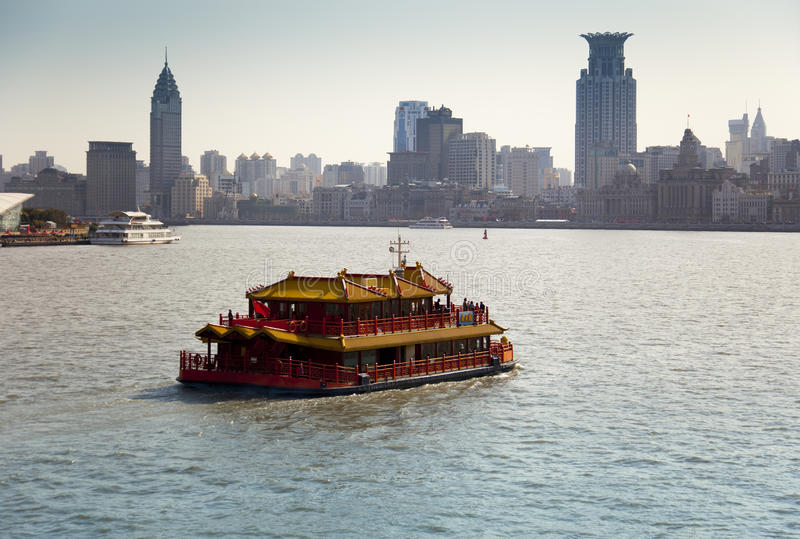 Crociera turistica a Schang-Hai, Cina fotografia stock