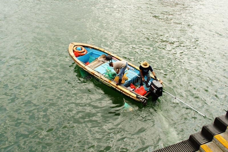 Crogiolo Sai Kung Pier, Sai Kung District Hong Kong di frutti di mare degli azzurri fotografia stock libera da diritti