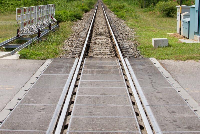 Croisement de route le chemin de fer photo libre de droits