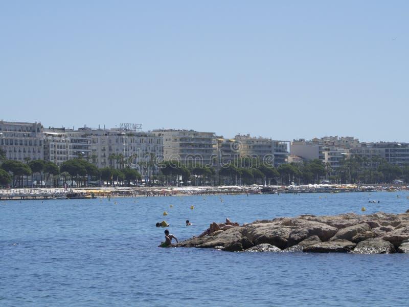 Croisette plaża w Cannes, Francja obraz royalty free