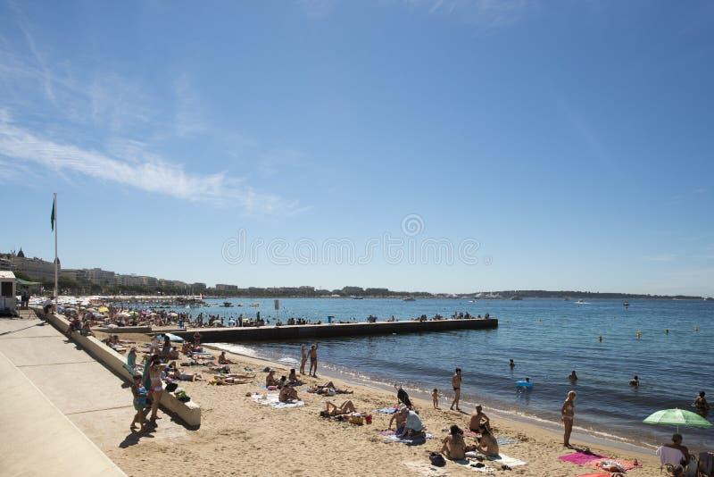 Croisette plaża w Cannes, Francja zdjęcia stock