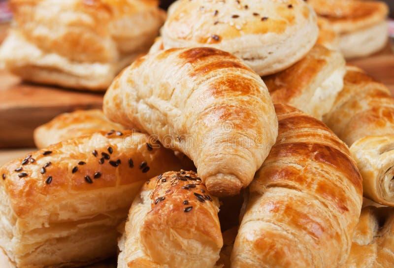 Croissant και άλλη ζύμη ριπών στοκ φωτογραφία